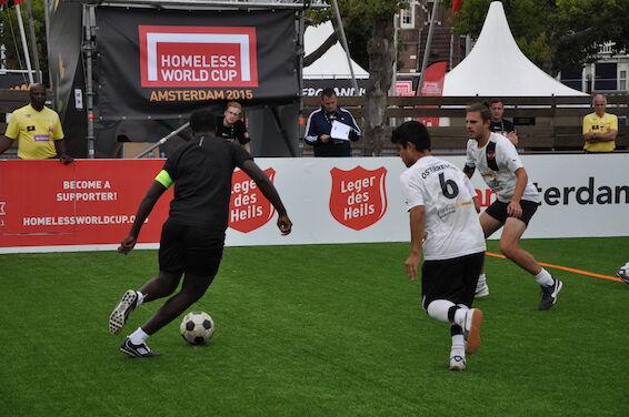 Österreich gegen England beim Homeless World Cup 2015 in Amsterdam