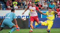 Salzburg nach 3:1-Sieg in St. Pölten in Liga weiter makellos
