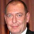 Dr. Manfred Luczensky (Vorsitz)